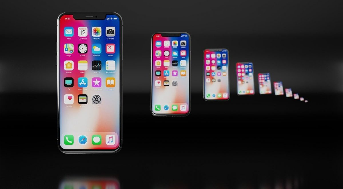 Mirror images of 10 iPhones lined up by iOS app developers.