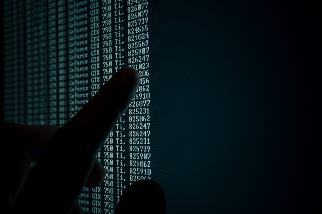 Analyse prédictive de grands ensembles de données à l'aide d'une grande quantité de données scientifiques